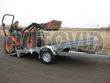 Sklopný přívěs pro přepravu mechanizace, automobilů PZ 1,5T SK 3,65x1,85 č.1
