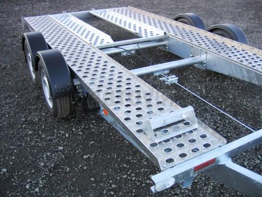 Dvouosý brzděný přívěs k přepravě automobilů PA 2,0 č.16