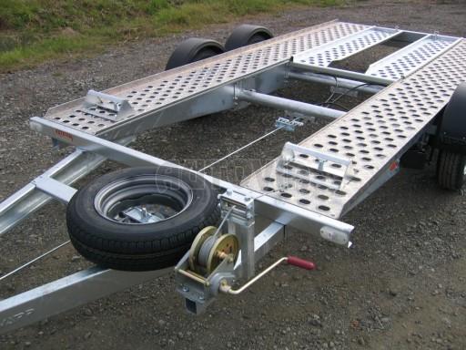 Dvouosý brzděný přívěs k přepravě automobilů PA 2,0 č.20