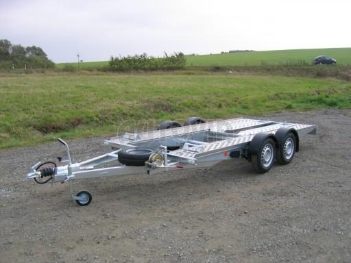 Dvouosý brzděný přívěs k přepravě automobilů PA 2,0 č.21