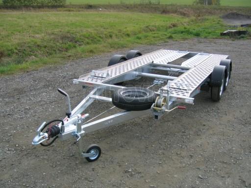Dvouosý brzděný přívěs k přepravě automobilů PA 2,0 č.25