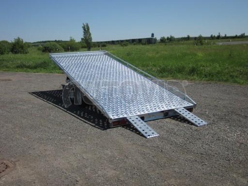 Dvouosý brzděný přívěs s hydraulicky sklopnou plochou AD speciál plato 2,7t 4,15/1,88** č.6