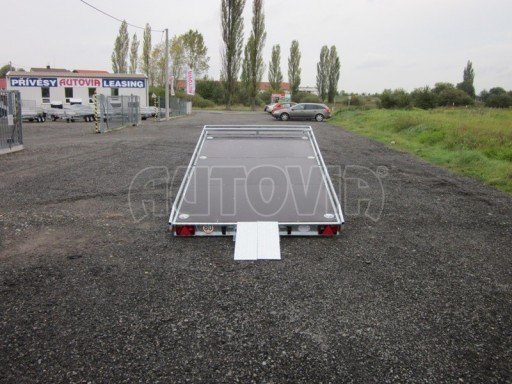 Dvouosý brzděný přívěs s hydraulicky sklopnou plochou AD speciál plato 2,7t 4,15/1,88** č.66