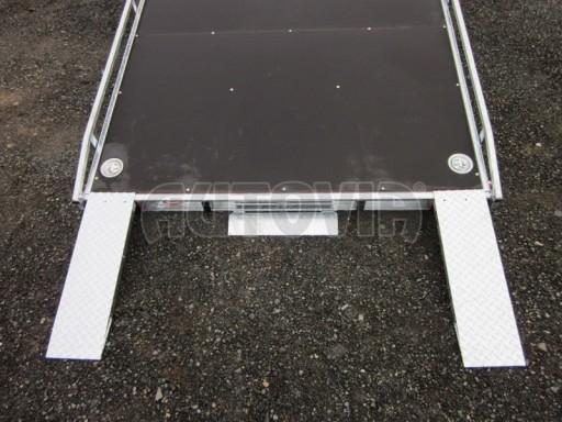 Dvouosý brzděný přívěs s hydraulicky sklopnou plochou AD speciál plato 2,7t 4,15/1,88** č.71