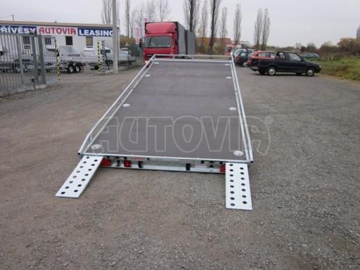 Dvouosý brzděný přívěs s hydraulicky sklopnou plochou AD speciál plato 2,7t 4,15/1,88** č.97
