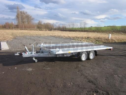Dvouosý brzděný přívěs s hydraulicky sklopnou plochou AD speciál plato 2,7t 4,15/1,88** č.108