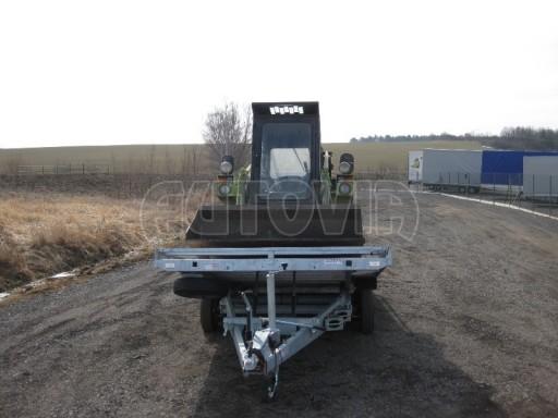 Dvouosý brzděný přívěs s hydraulicky sklopnou plochou AD speciál plato 2,7t 4,15/1,88** č.150