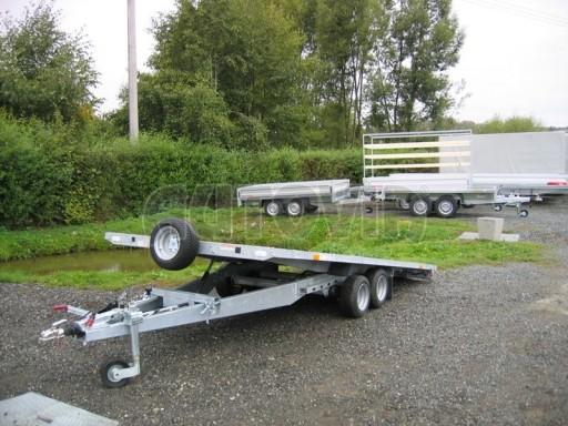 Dvouosý brzděný přívěs s hydraulicky sklopnou plochou AD speciál plato 2,7t 4,15/1,88** č.168