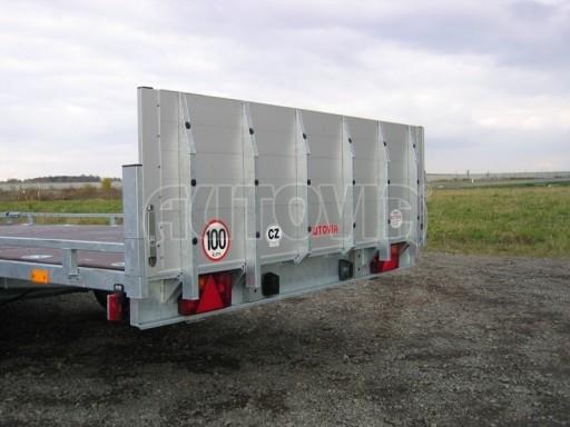 Dvouosý brzděný přívěs s hydraulicky sklopnou plochou AD speciál plato 2,7t 4,15/1,88** č.178