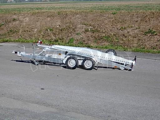 Dvouosý brzděný přívěs k přepravě automobilů PT 2,5T** č.4