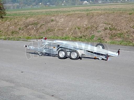 Dvouosý brzděný přívěs k přepravě automobilů PT 2,5T** č.9