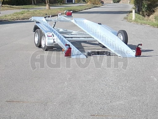 Dvouosý brzděný přívěs k přepravě automobilů PT 2,5T** č.11