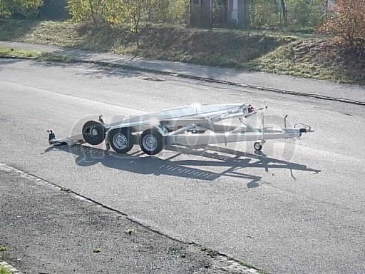 Dvouosý brzděný přívěs k přepravě automobilů PT 2,5T** č.15