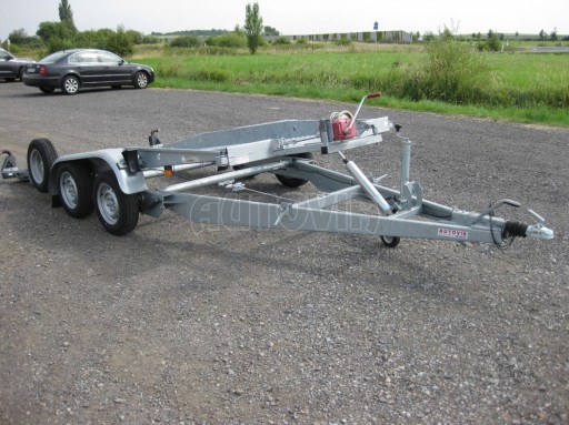 Dvouosý brzděný přívěs k přepravě automobilů PT 2,5T** č.22