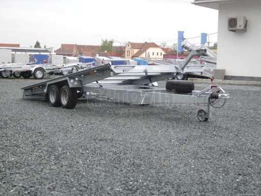 Dvouosý brzděný přívěs k přepravě automobilů KAR 09A č.7
