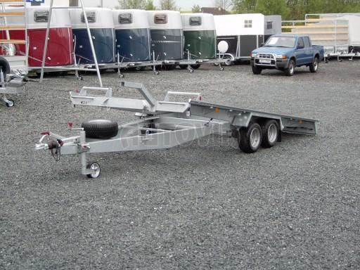 Dvouosý brzděný přívěs k přepravě automobilů KAR 09A č.9