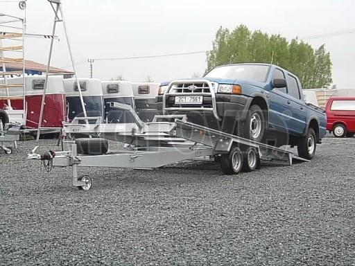 Dvouosý brzděný přívěs k přepravě automobilů KAR 09A č.15