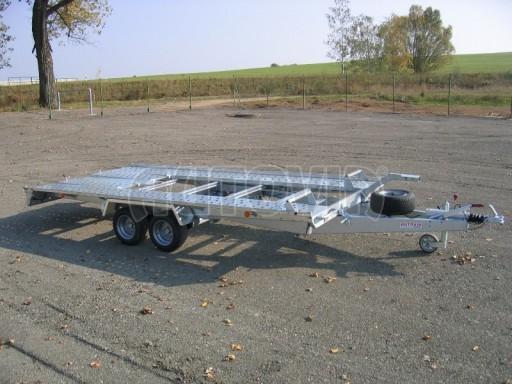 Dvouosý brzděný přívěs k přepravě automobilů KAR 09A č.17