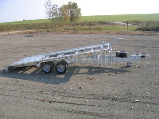 Dvouosý brzděný přívěs k přepravě automobilů KAR 09A č.22