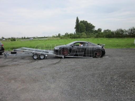 Dvouosý brzděný přívěs k přepravě automobilů KAR 09A č.48