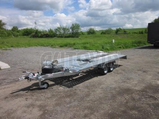 Dvouosý brzděný přívěs k přepravě automobilů KAR 09A č.50
