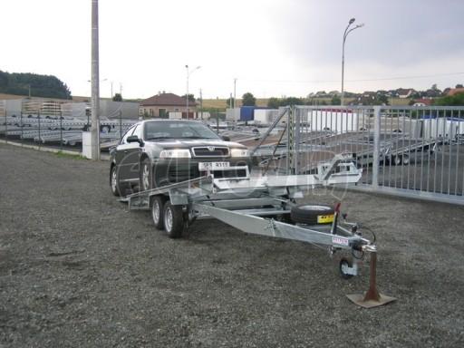Dvouosý brzděný přívěs k přepravě automobilů KAR 09A č.82