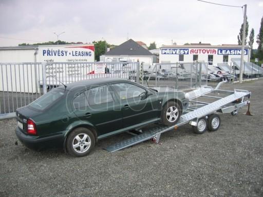 Dvouosý brzděný přívěs k přepravě automobilů KAR 09A č.85