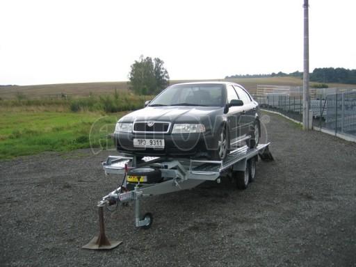 Dvouosý brzděný přívěs k přepravě automobilů KAR 09A č.88
