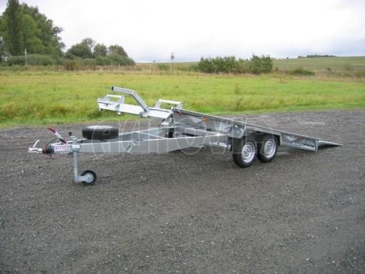 Dvouosý brzděný přívěs k přepravě automobilů KAR 09A č.102