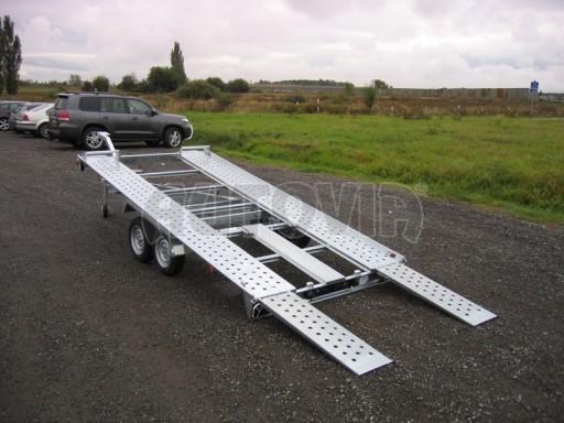 Dvouosý brzděný přívěs k přepravě automobilů KAR 09A č.104