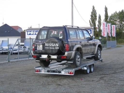 Dvouosý brzděný přívěs k přepravě automobilů KAR 09A č.110