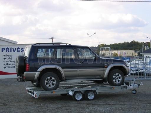 Dvouosý brzděný přívěs k přepravě automobilů KAR 09A č.112