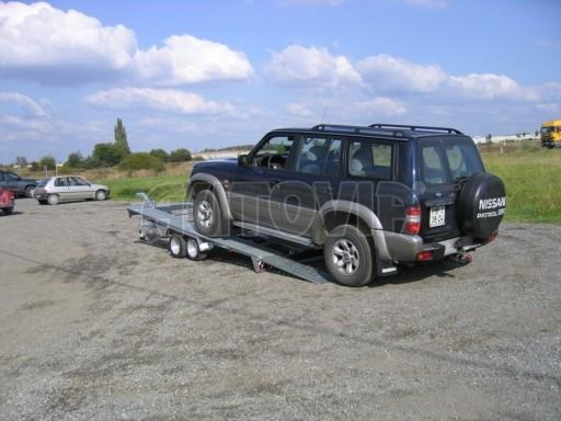 Dvouosý brzděný přívěs k přepravě automobilů KAR 09A č.2