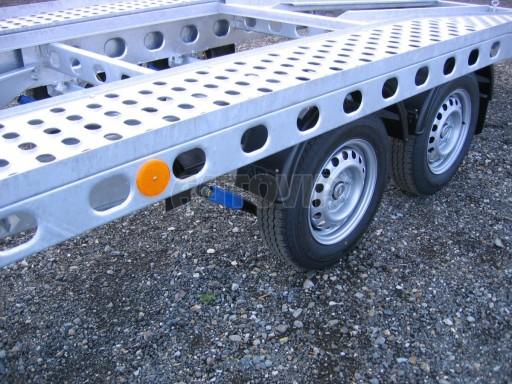 Dvouosý brzděný přívěs k přepravě automobilů PAV 2,0 č.10