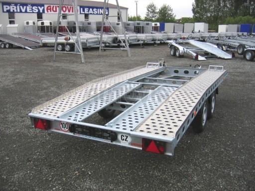 Dvouosý brzděný přívěs k přepravě automobilů PAV 2,0 č.16