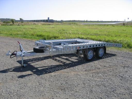 Dvouosý brzděný přívěs k přepravě automobilů PAV 2,0 č.24