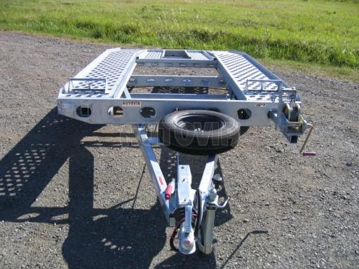 Dvouosý brzděný přívěs k přepravě automobilů PAV 2,0 č.27
