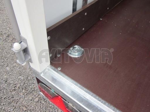Celohliníková značková prachotěsná stříbrná skříň VA 2,7T 5,10x2,05/2,10 č.10