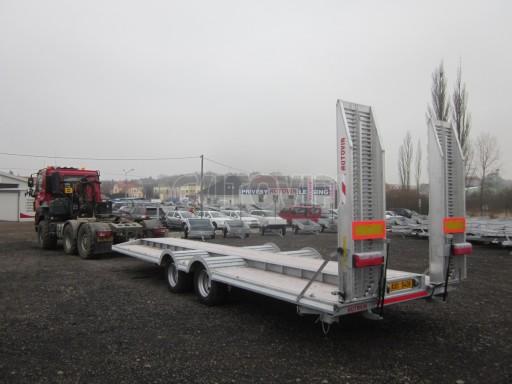 Vzduchem brzděné plato pro převoz traktorů AVG 18T 8,20x2,48 plato č.1