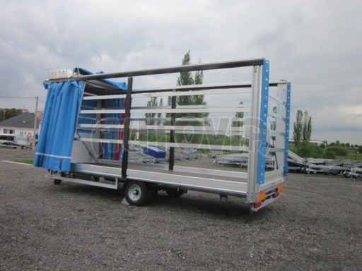 Jednonápravový vzduchem brzděný, nákladní přívěs AVG 5,45T 7,40x2,48/3,05 č.30