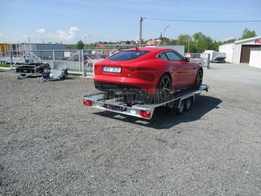 Přívěsný vozík pro přepravu sportovních aut KAR 2,6T 10