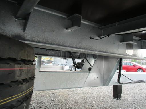 Jednonápravový vzduchem brzděný přívěs AVG B1 10T XL 7,76x2,48/3,06 č.17