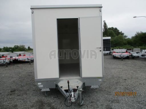 Přívěsný vozík (prodejní stánek) EW 2,5T 4,10x2,20/2,30 č.20