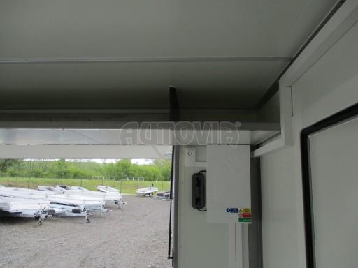 Prodejní stánek izolovaný VA 2,7T 5,08x2,39/2,30 č.23