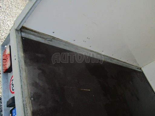 Bazarová prachotěsná skříň VER 2,7T 3,07x1,73/1,83 č.6