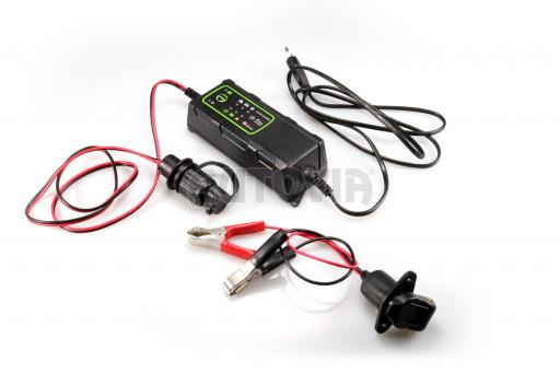 Nabíječka akumulátorů s mikroprocesorem pro nabíjení hydraulických sklápěčů č.1