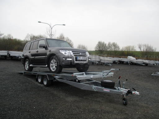 Sklápěcí přívěs pro přepravu aut KAR 47 3,0T 4,70 x 2,015 č.2
