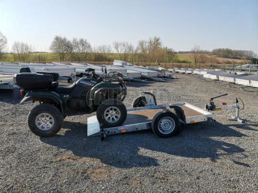 Jednoosý nebrzděný hydraulicky sklopný přívěs HS 750kg N1 2,55x1,26/0,10 ruč ECO č.44