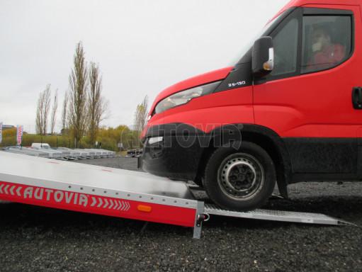 Plato pro převoz velkých vozidel JMB 3,5T B3 5,50x2,09 ALU kola el.naviják* č.19