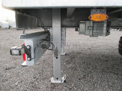 Jednonápravový 15-ti paletový vzduchem brzděný nákladní přívěs MD 10T 6,10 x 2,48/2,60 č.16
